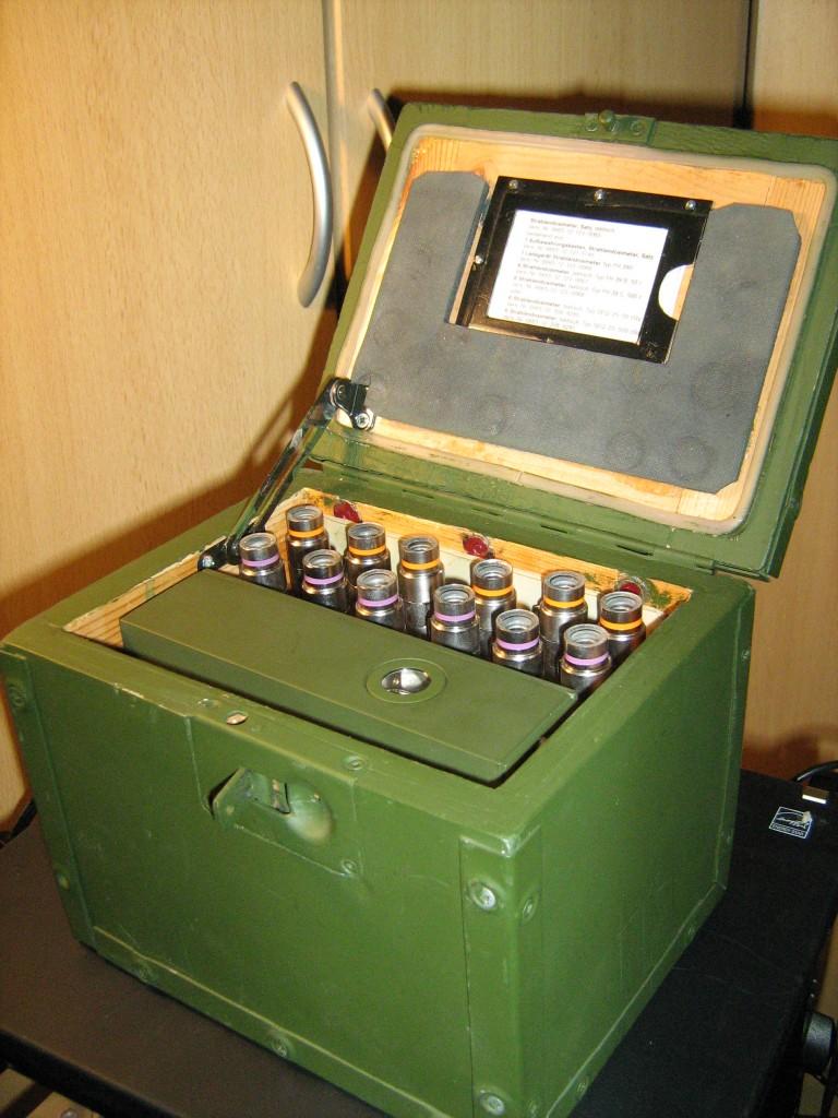 Geöffneter Strahlendosimetersatz